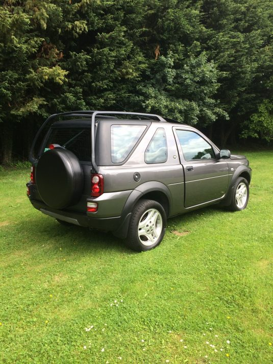 LAND ROVER FREELANDER FREESTYLE TD4